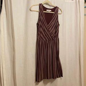 Flows maroon dress